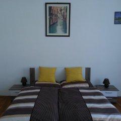 Апартаменты Caterina Private Rooms and Apartments Стандартный семейный номер с двуспальной кроватью фото 6