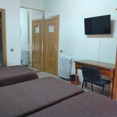 Отель Hostal Retiro Стандартный номер с различными типами кроватей фото 6