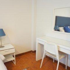 Отель Ratchadamnoen Residence 3* Стандартный номер с двуспальной кроватью фото 26