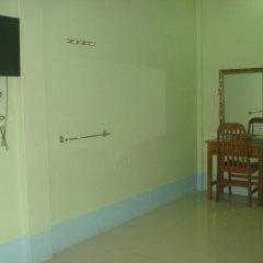 Отель Mya Kyun Nadi Motel 2* Улучшенный номер с различными типами кроватей фото 2