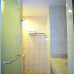Отель Duangjitt Resort, Phuket 5* Улучшенный номер с 2 отдельными кроватями фото 5