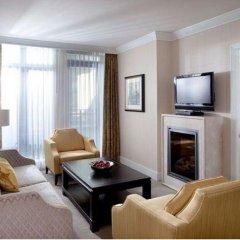 Отель L'Hermitage Hotel Канада, Ванкувер - отзывы, цены и фото номеров - забронировать отель L'Hermitage Hotel онлайн комната для гостей фото 4
