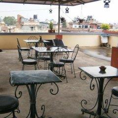 Отель Amar Hotel Непал, Катманду - отзывы, цены и фото номеров - забронировать отель Amar Hotel онлайн питание фото 3