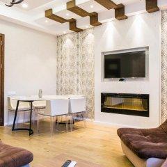 Отель Sweet Home 3 at Freedom Square комната для гостей фото 4