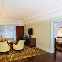 Отель The Leela Palace Bangalore 5* Номер Делюкс с различными типами кроватей
