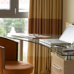 Отель Hilton Vienna 5* Стандартный семейный номер с двуспальной кроватью фото 5