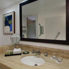 Отель The Westin Resort & Spa Cancun 4* Стандартный номер с разными типами кроватей фото 2