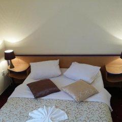 Отель Galerija 3* Стандартный номер с двуспальной кроватью фото 4