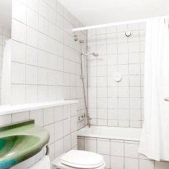 Отель Coco Hotel Дания, Копенгаген - отзывы, цены и фото номеров - забронировать отель Coco Hotel онлайн ванная фото 2