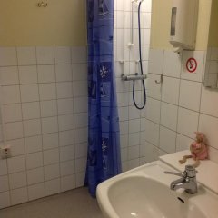 City Apartment Hotel 2* Номер с общей ванной комнатой с различными типами кроватей (общая ванная комната) фото 7