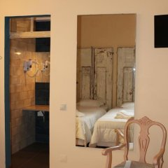 1878 Hostel Faro Стандартный номер с 2 отдельными кроватями фото 12