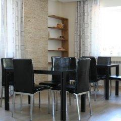 Отель Asman-TOO Кыргызстан, Каракол - отзывы, цены и фото номеров - забронировать отель Asman-TOO онлайн питание