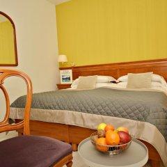 Hotel Diana 3* Стандартный номер фото 8