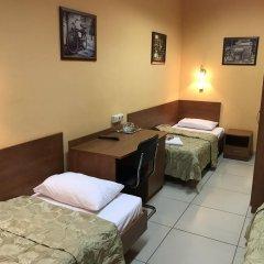 Мини-Отель Добрый Кот Кровать в общем номере фото 4
