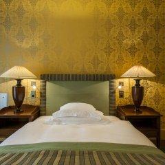 Grand Hotel Les Trois Rois 5* Стандартный номер с различными типами кроватей фото 2