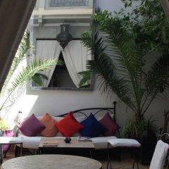 Отель Riad Dar Nabila 3* Стандартный номер с различными типами кроватей фото 17