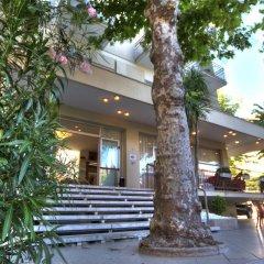 Отель Cormoran Италия, Риччоне - отзывы, цены и фото номеров - забронировать отель Cormoran онлайн вид на фасад фото 3