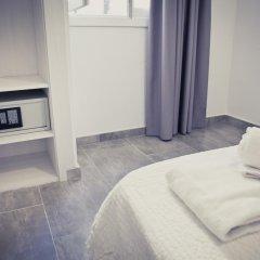 Отель Apartamentos Playa Ferrera сейф в номере