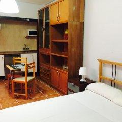 Отель Apartamentos Madrid Hortaleza Испания, Мадрид - отзывы, цены и фото номеров - забронировать отель Apartamentos Madrid Hortaleza онлайн комната для гостей фото 5