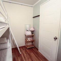 Отель Aroha Guest House 2* Стандартный семейный номер с двуспальной кроватью фото 2