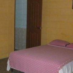 Отель Guesthouse Dos Molinos Гондурас, Сан-Педро-Сула - отзывы, цены и фото номеров - забронировать отель Guesthouse Dos Molinos онлайн комната для гостей фото 3
