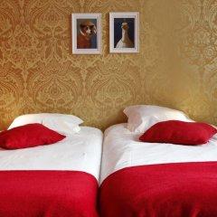Rivoli Cinema Hostel Стандартный номер 2 отдельными кровати (общая ванная комната) фото 3