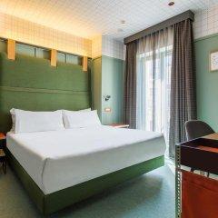 Отель Room Mate Giulia Стандартный номер с различными типами кроватей фото 7