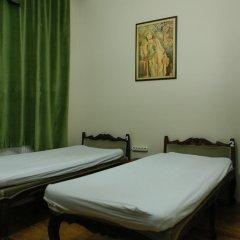 Chambers Of The Boheme - Hostel Кровать в общем номере двухъярусные кровати фото 15