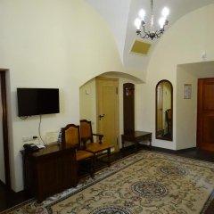 Гостиница Монастырcкий 3* Люкс разные типы кроватей фото 3