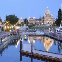 Отель Victoria Marriott Inner Harbour Канада, Виктория - отзывы, цены и фото номеров - забронировать отель Victoria Marriott Inner Harbour онлайн приотельная территория фото 2