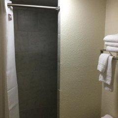 Отель Americas Best Value Inn - North Nashville/Goodlettsville 2* Стандартный номер с различными типами кроватей фото 6