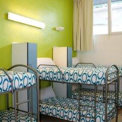 Mundaka Hostel & Sports Cafe Кровать в общем номере с двухъярусной кроватью фото 5