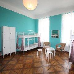 Adam&eva Hostel Prague Кровать в женском общем номере