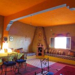 Отель Kasbah Le Berger, Au Bonheur des Dunes Марокко, Мерзуга - отзывы, цены и фото номеров - забронировать отель Kasbah Le Berger, Au Bonheur des Dunes онлайн питание фото 2