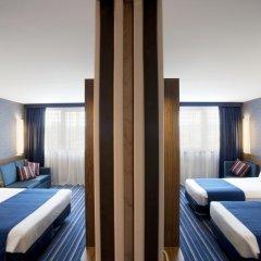 Отель Holiday Inn Express Lisbon Airport 3* Стандартный номер с различными типами кроватей