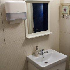 Гостиница Kay & Gerda Inn 2* Кровать в мужском общем номере с двухъярусной кроватью фото 18