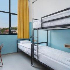 Fabrika Hostel & Suites - Hostel Кровать в общем номере с двухъярусной кроватью фото 8