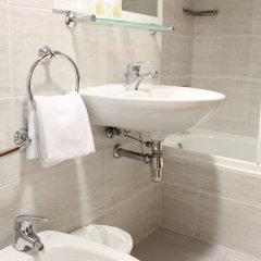 Отель El Jardin Испания, Барселона - отзывы, цены и фото номеров - забронировать отель El Jardin онлайн ванная фото 2