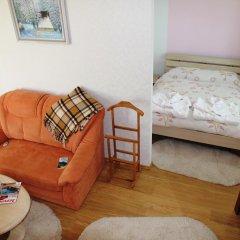 База отдыха Камянка комната для гостей фото 4