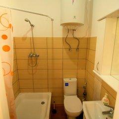Гостиница Tchaykovsky Hostel Украина, Львов - отзывы, цены и фото номеров - забронировать гостиницу Tchaykovsky Hostel онлайн ванная фото 2