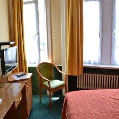 Отель La Grande Cloche 3* Номер с общей ванной комнатой фото 5