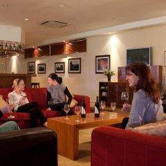 Отель Devonvale Golf & Wine Estate гостиничный бар