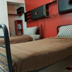 Отель One32 Guest House Апартаменты с различными типами кроватей
