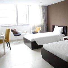 Minh Khang Hotel 3* Номер Делюкс с 2 отдельными кроватями