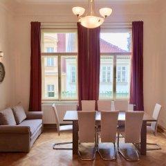 Апартаменты King Wenceslas Apartments Прага комната для гостей фото 3