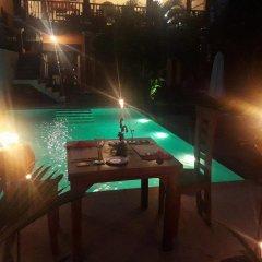 Отель Nisalavila Шри-Ланка, Берувела - отзывы, цены и фото номеров - забронировать отель Nisalavila онлайн гостиничный бар