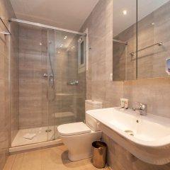 Апартаменты Bbarcelona Apartments Park Güell Flats ванная