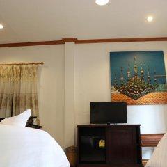 Отель Villa Oasis Luang Prabang 3* Стандартный номер с 2 отдельными кроватями фото 3