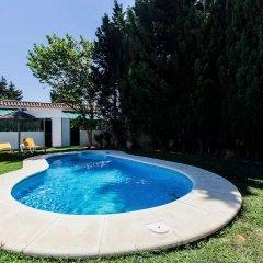 Отель Goleta Испания, Кониль-де-ла-Фронтера - отзывы, цены и фото номеров - забронировать отель Goleta онлайн бассейн