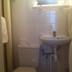 Отель Hipotel Paris Sacre Coeur Olympiades ванная фото 3